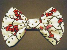 "Mini ""Hello Kitty Faces"" cotton blend fabric Fashionista Hair Bow w/snapclip"