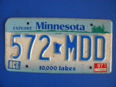 Vintage License Plate � Minnesota 572 MDD