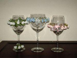 Rose Design Wine Glass
