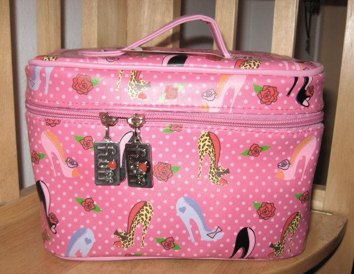 Pinup Shoe Pattern on Pink and White Polka Dot Train Case