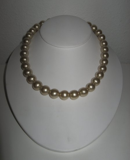Vintage Single Strand Faux Pearl Bead Necklace, One-of-a-Kind Clasp