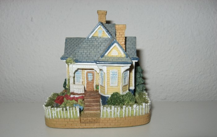 """""""'Handy Andy' Malloy's House"""", Liberty Falls House Collection, AH128"""