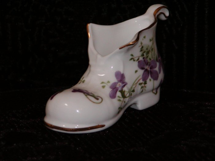 Hamersly Fine White with Hand Painted Lavender Flowers Bone China, Made in England