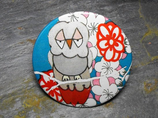White and Gray Owl, Blue and Red Flower Background, Decorated Vanity Pocket Mirror