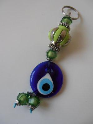 green blue eye