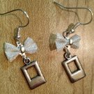 Earrings- Silver-plated mesh bows with Silver double rectangle findings