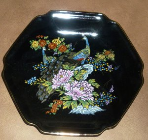 STUNNING BLACK PORCELAIN HANDPAINTED PEACOCK PLATE PLATTER BOWL JAPAN