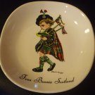 VINTAGE PORCELAIN BAGPIPES PLATE FRAE BONNIE SCOTLAND WEATHERBY  BROWNIE DOWNING
