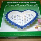 CHARMING HEARTSHAPED PIE JELLO PORCELAIN MOLD CONVOLUTED EDGES MNB