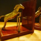 STUNNING VINTAGE POLISHED WOOD EQUESTRIAN BRASS HORSE JUMPING SET OF 2 BOOK ENDS