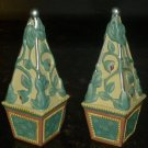 VINTAGE BEAUTIFUL PFALTZGRAFF FRENCH QUARTER AQUA/WHITE SALT & PEPPER SHAKERS
