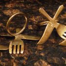 VINTAGE SILVERPLATE NAPKIN RINGS FORK & KNIFE SET OF 4