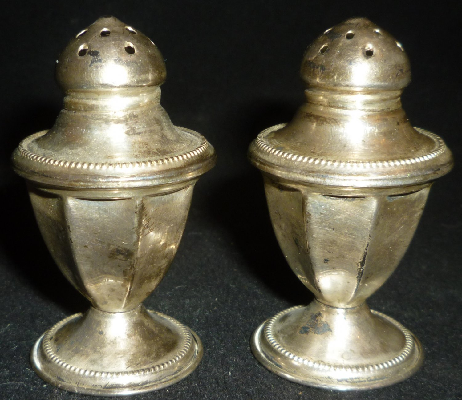 VINTAGE SN STERLING SILVER PEDESTAL SALT & PEPPER SHAKERS SET of 6 BEADED EDGE