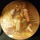 KNOWLES NORMAN ROCKWELL'S CHRISTMAS COLLECTIBLE PLATE 'THE COBBLER' 1979