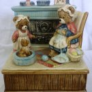 CHARMING OTAGIRI MECHANICAL MUSIC BOX CARAMIC BEARS 'HOME SWEET HOME' JAPAN