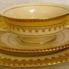 ONDEVILLE AMBASSADOR WARE 8652 YELLOW GOLD EMBOSSED 3 PCS SETTING