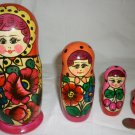 VINTAGE TRADITIONAL RUSSIAN MATRESHKA NESTING DOLLS SET OF 4 CARVED & HANDPAINTED