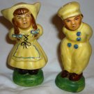 VINTAGE HANDPAINTED DUTCH KISSING GIRL & BOY SALT & PEPPER SHAKERS