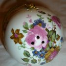 VINTAGE ROYAL STUART ENGLAND FINE BONE CHINA POMANDER POTPOURRI HOLDER BALL