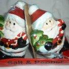 CHRISTMAS SANTAS SALT & PEPPER SHAKERS NM