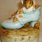 SCHMID ROTATING MUSIC BOX BEATRIX POTTER THE OLD WOMAN WHO LIVE IN A SHOE MOUSE