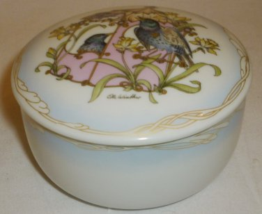 HUTSCHENREUTHER PORCELAIN TRINKET BOX GERMANY Motiv 201-212 OLE WINTHER APRIL