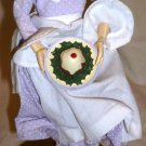 HALLMARK TABLE DECORATION A CHRISTMAS CAROL FIGURINE MRS. CRATCHIT