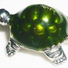 CHARMING GREEN TURTLE PENDANT