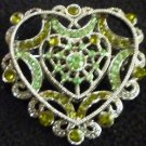 GORGEOUS VINTAGE FASHION JEWELRY BROCH PIN HEART FAUX GLASS EMERALDS