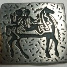 URBAN FETISHES BRIDE & GROOM ON A HORSE DESIGN PEWTER PIN BROOCH