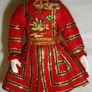 VINTAGE BEEFEATHER ROYAL GUARD YEOMEN WARDER FIGIRINE IN TUDOR STATE DRESS