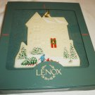 BEAUTIFUL LENOX CHINA PEMBROOKE MANOR CHRISTMAS ORNAMENT VICTORIAN HOME COLLECTION