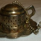 VINTAGE SILVERPLATED MINIATURE TEAPOT TEA INFUSER STRAINER & DRIP PLATE CATCHER