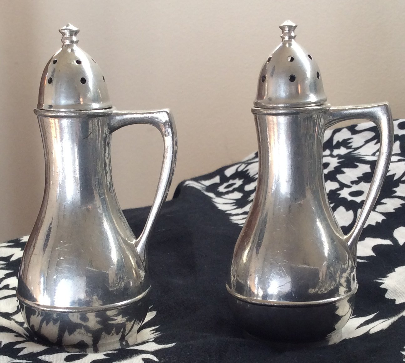 VINTAGE PEWTER Salt and Pepper Shaker Set