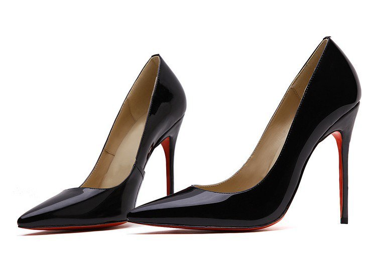Cloverl Classic Jane Pump in Patent leather