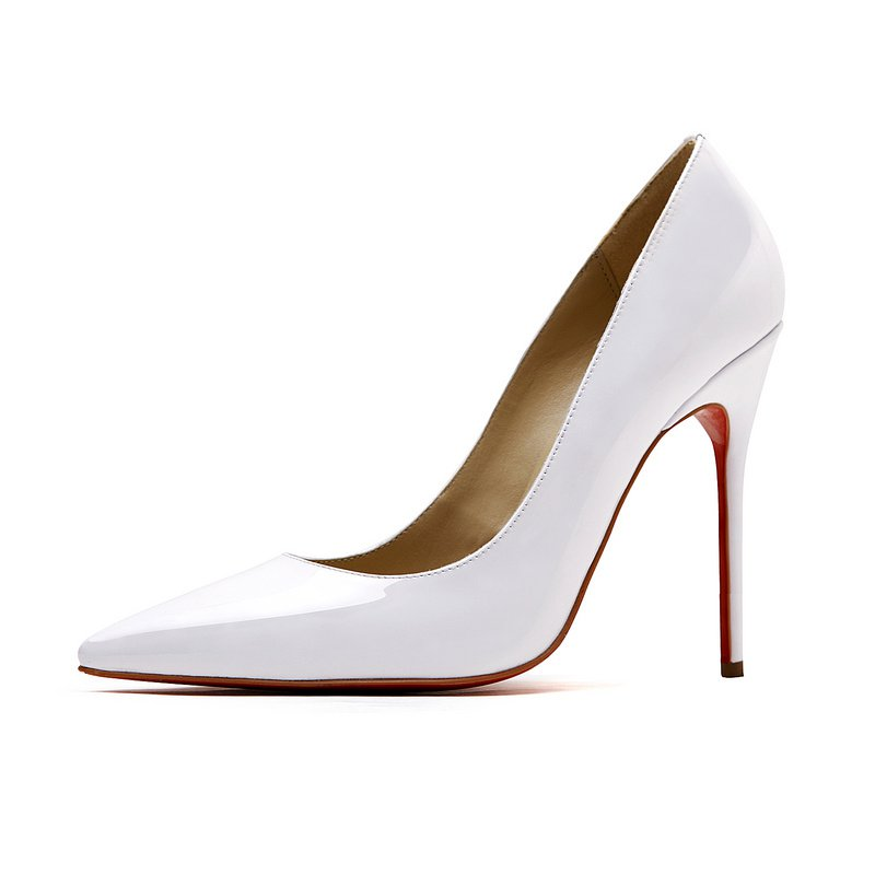 Cloverl Classic Jane Pump in Patent leather in White