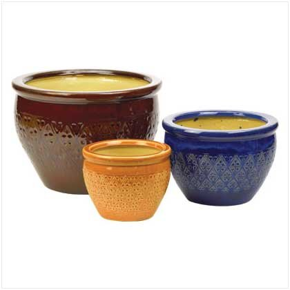 SET OF 3 EARTHENWARE POTS