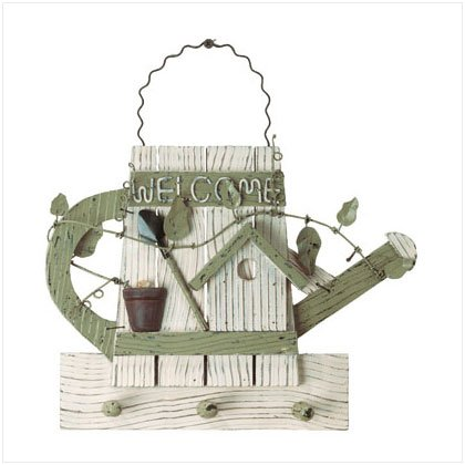 WOOD WATERING CAN KEYHOLDER
