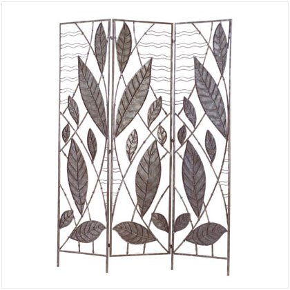 WROUGHT IRON LEAVES SCREEN