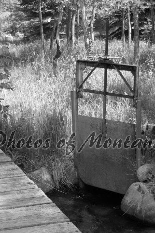 4x6 Photo ~ Black & White #001 Irrigation in Montana