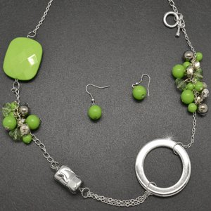 Green and silver necklace and earring set