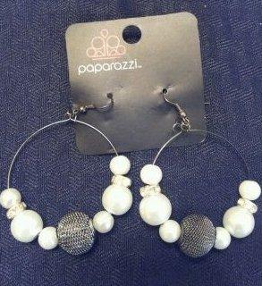 White pearl bead hoop earrings