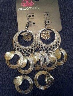 Brass circle hanging earrings