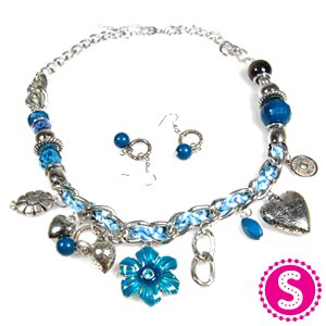 Short Turquoise flower and heart necklace and earring set