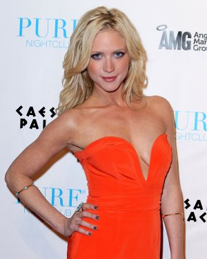 Brittany Snow 8x10 Photo. #991