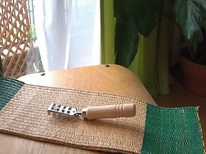 JAPANESE TRADITIONAL FISH SCALE REMOVER�KITCHEN TOOL NATURAL  CONCEPT