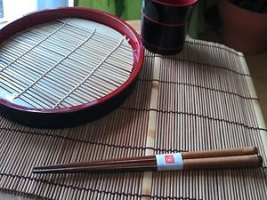 5 SETS OF JAPANESE TRADITIONAL NATURAL WOODEN CHOPSTICKS WITH STRINGS