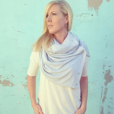 SOLD OUT- Handmade Multiplicity Snap Scarf- Silver Cloud