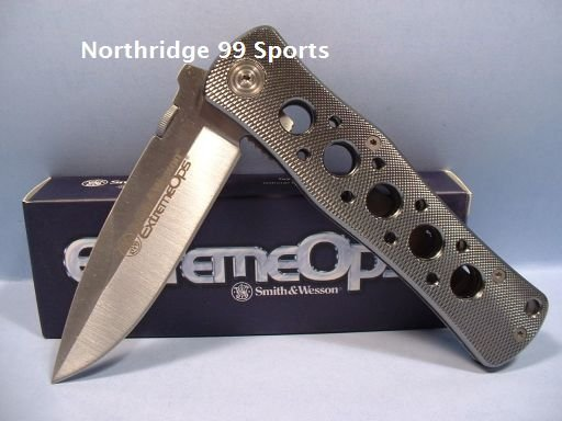 Smith and Wesson EXTREME OPS Tactical Pocket Knife CK6A