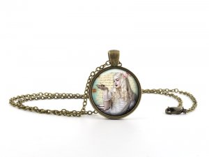 Alice in Wonderland Necklace Pendant - White Queen - Vintage Princess Jewellery